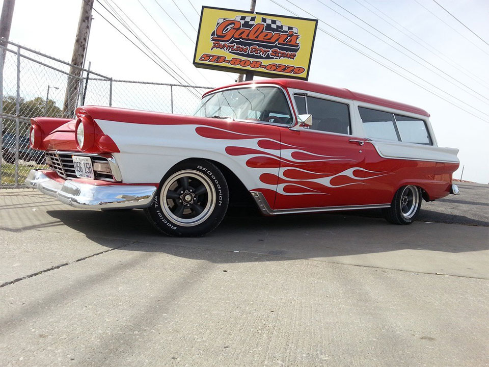 Galen 39 s auto body columbia mo custom painting for Custom paint and body